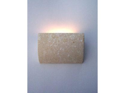 lampada da parete in pietra