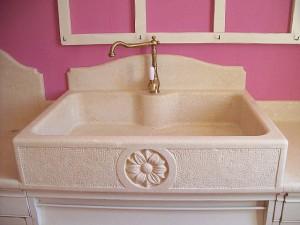 lavello da cucina in pietra