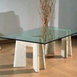 coffee table moderne en pierre et verre