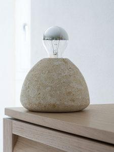 lampada in pietra bulb s