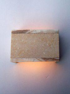 onices lampada pietra
